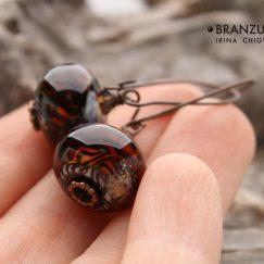 Predatory earrings